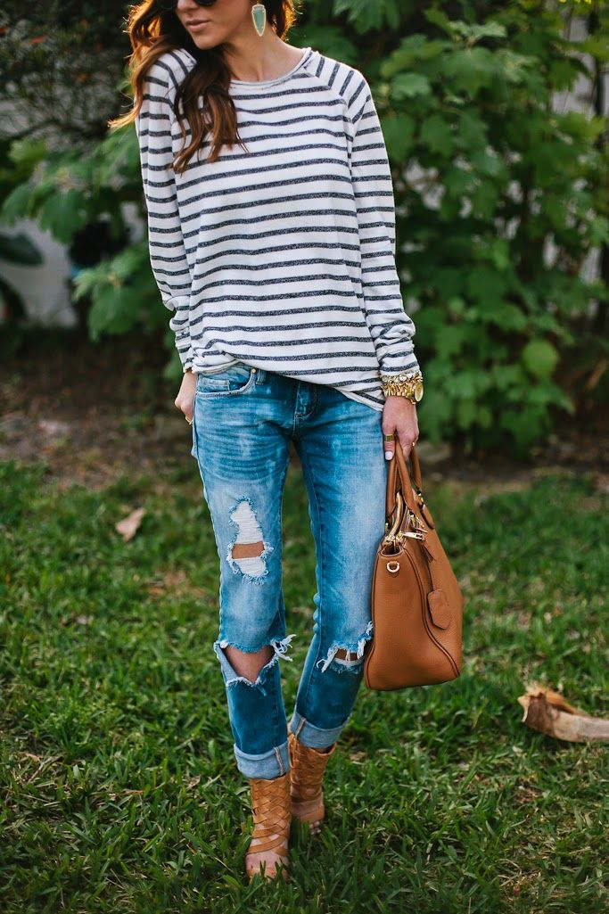 Long sleeve stripe tee, distressed denim, Dolce Vita Heels, Kendra Scott Skylar Earrings