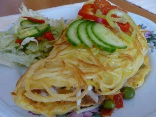 Špagetová omeleta so zeleninou