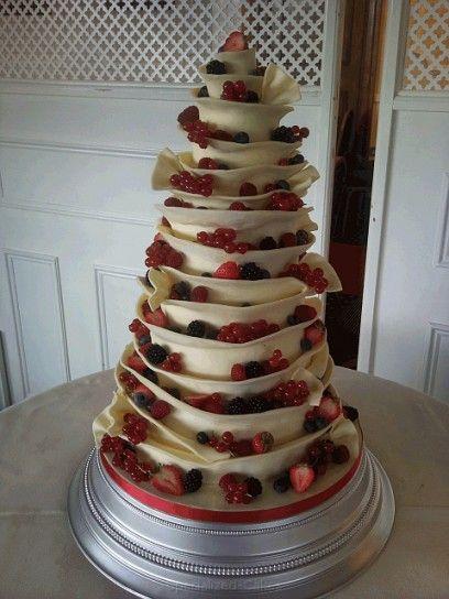 Torte nuziali con la frutta