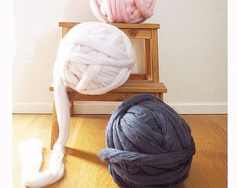 Etsy の DIY Arm knitting merino wool. 3 inch stitch. by Ohhio