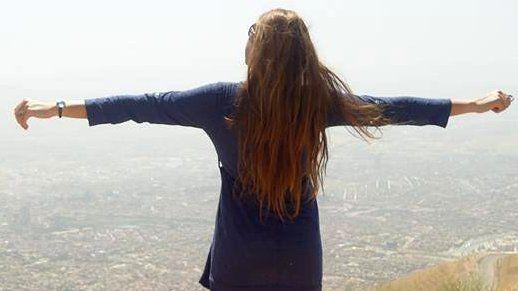 The women in Iran taking off the hijab