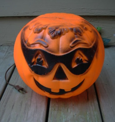 17 Best Images About Vintage Halloween Blow Molds On
