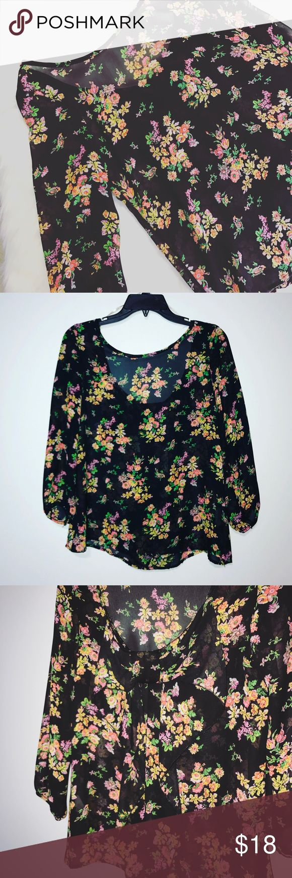 Love Culture Sheer Floral Top Super cute flowy Floral Top from Love Culture clothing. Adorable bow on back that's blended in! In great condition! Bundle and save 20% 💕 Love Culture Tops
