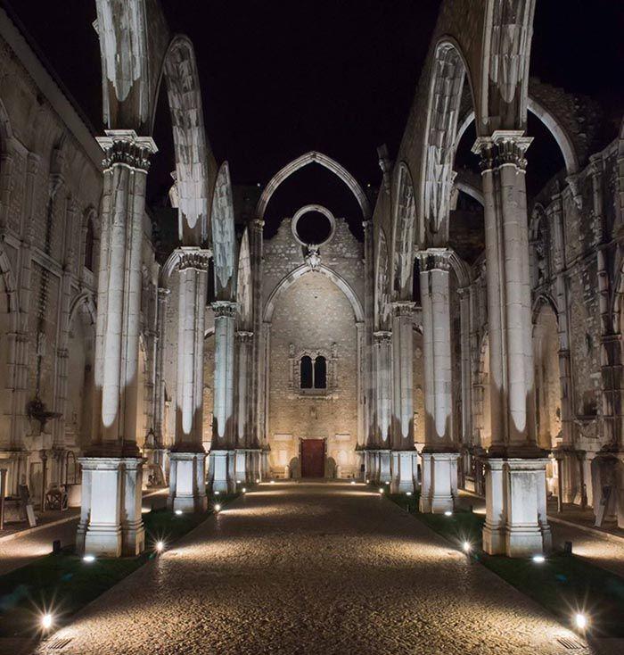Museu-Arqueologico-do-Carmo-Lisboa.jpg (700×734)