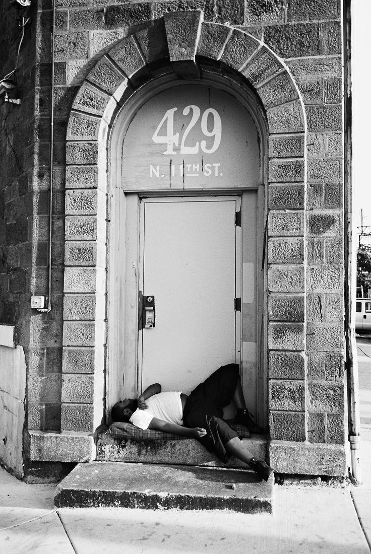 DR2-071-34 | Loft District(Eraserhood) Phila Pa 35mm Yashica… |DAVID Swift | Flickr - http://ehood.us/4jn Loft District(Eraserhood) Phila Pa 35mm Yashica T4 Ilford XP2  Source: DR2-071-34 | Loft District(Eraserhood) Phila Pa 35mm Yashica… | DAVID Swift | Flickr