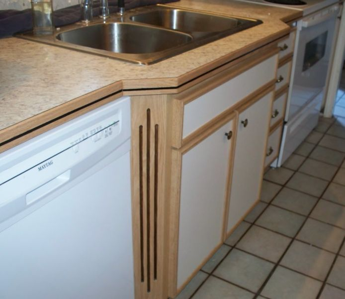 Building Cabinets Using Melamine Wrapped With Red Oak