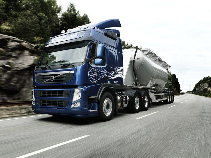 Primeiro modelo metano-diesel, o Volvo FM MethaneDiesel é alimentado por um motor de 13 litros e pode operar com até 75% de gás natural ou biogás.