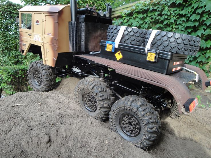 Shown here on a Beast with MAN Body available from RC4WD.