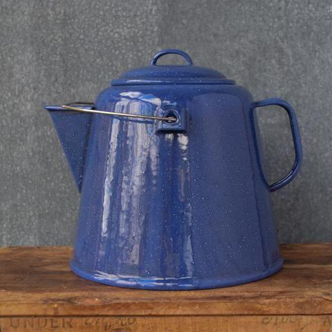Falcon enamel jumbo tea pot, 4.5 litre
