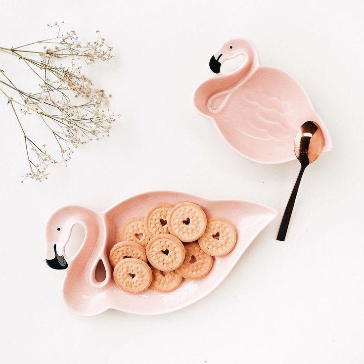 As definições de fofura foram atualizadas  Tem vlog com recebidos lá no canal  link na bio #flamingo #omundodejess