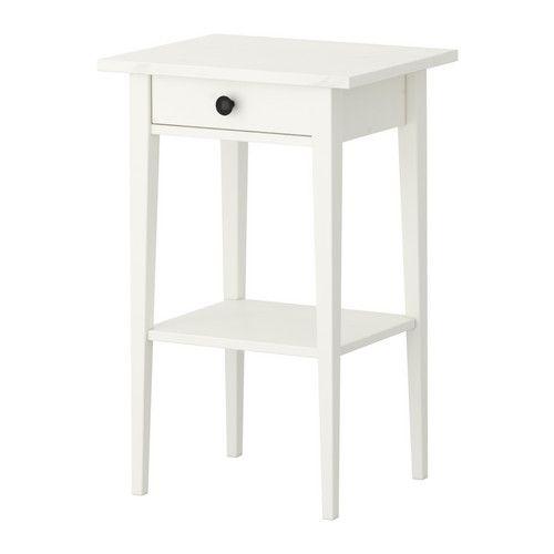 IKEA - HEMNES, Ablagetisch, weiß gebeizt, , Leichtgängige Schublade mit Ausziehsperre.Aus Massivholz, einem strapazierfähigen, lebendigen Naturmaterial.