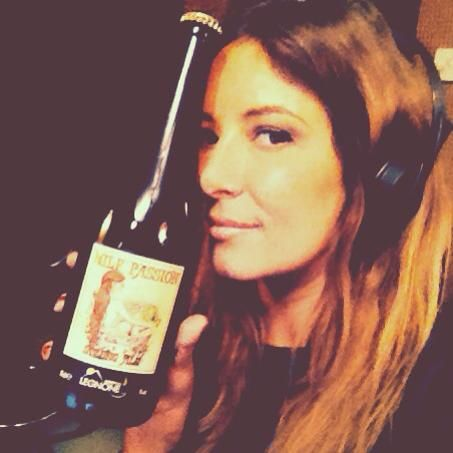 """Milf Passion 75cl & Selvaggia Lucarelli """"on air"""""""