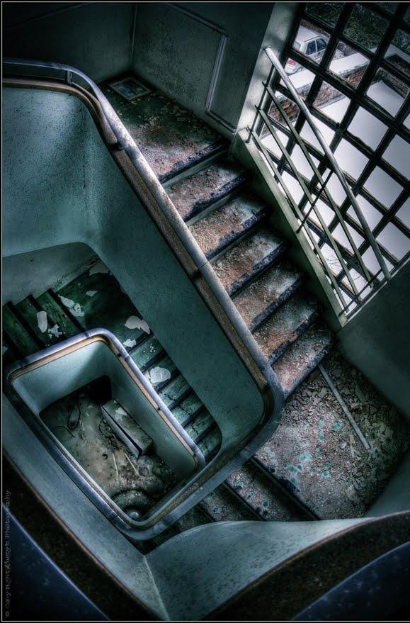 Abandoned Hospital - Rusty's Photography