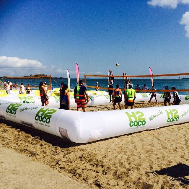 """Sun is shining @slamfestival Mission Bay NZ today! #slamfestival #H2Coco #coconutwater #beach #volleyball ☀️"""