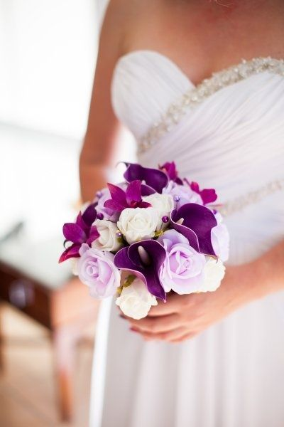 41 best plum grey fall wedding flowers images on for Can you get purple roses