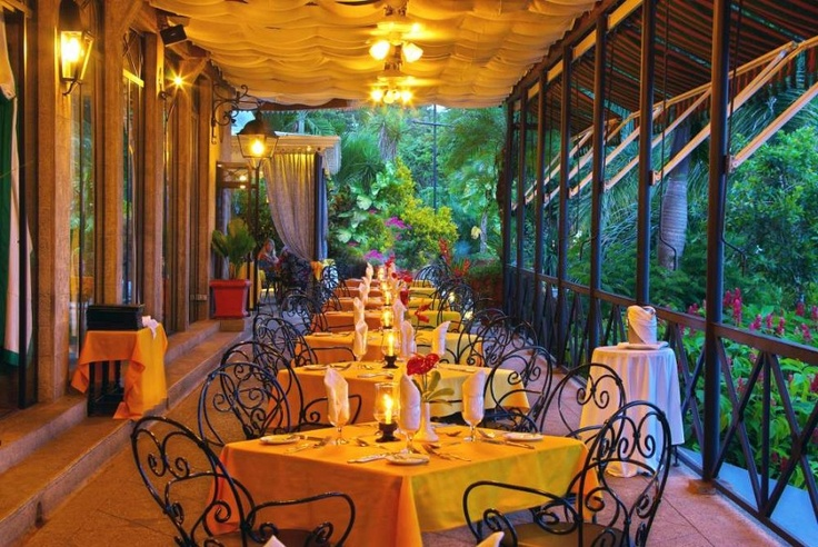 Small Distinctive Hotels, Costa Rica, Costa Rica Luxury Hotels and Resorts, Costa Rica Vacation, Honeymoons and Weddings in Costa Rica, Sustainable Family Vacation, Hotel Villa Caletas