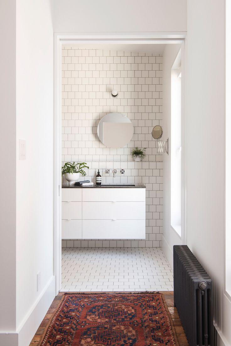 Making nautical bathroom d 233 cor by yourself bathroom designs ideas - Townhouse By Elizabeth Roberts Remodelista