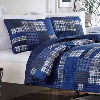 8 best bedspreads images on Pinterest | 3 piece, Bedding and ... : best way to store quilts - Adamdwight.com