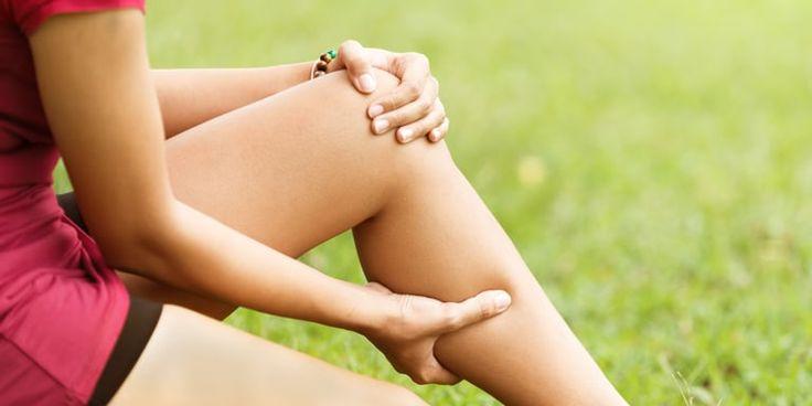 Για αιώνες οι γυναίκες και άντρες αντιμετωπίζουν μεγάλο πρόβλημα με τις κράμπες αλλά και τα κουρασμένα και πρησμένα πόδια. Προκειμένου λοιπόν να βελτιωθούν και να ανακουφιστούν από οποιαδήποτε δυσφορία, υπάρχει μια μεγάλη συμβουλή του φθινοπώρου… ...βγείτε στη φύση και μαζέψτε κάστανα.  …στ...