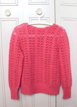 À vendre sur #vintedfrance !  https://www.vinted.fr/invite/angie.fish  http://www.vinted.fr/mode-femmes/pull-overs/26345406-pull-rose-incarnadin-a-trous-sweater-holes