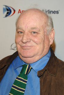 Brian Doyle-Murray  Episode: The French Mistake. Robert Singer (character).