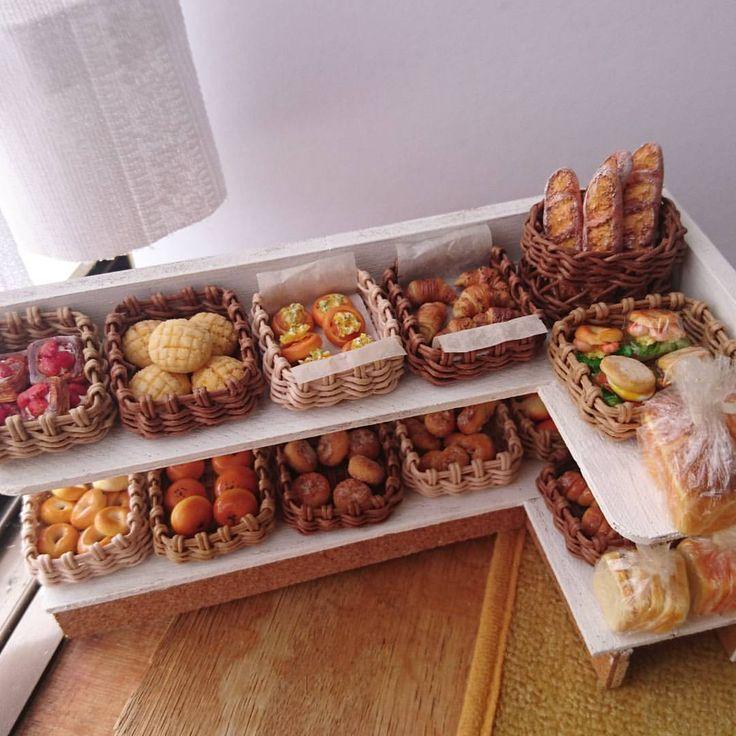 8月28日(日) 昨日の写真にたくさんのいいね、ありがとうございました! 昨日の食パンはこのパン屋さんの商品です✨…