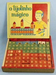 Brinquedos antigos - Brinquedos Paraná - Conjunto de Montar O Tijolinho Mágico completo com 76 peças em alto relêvo Década de 1960