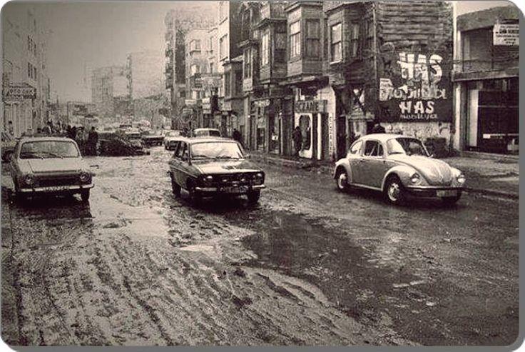 Söğütlüçeşme'den Boğa'ya doğru giden yol 1970ler