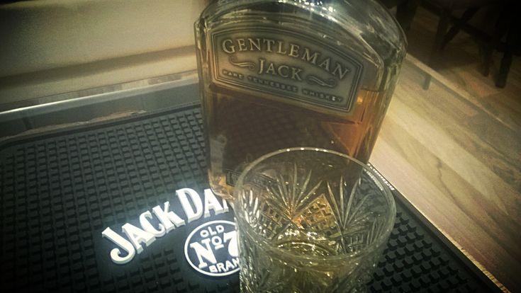 Der (gar nicht so) schwierige Gentleman- Gentleman Jack  #Bourbon #GentlemanJack #JackDaniels #Review #Tennessee #Whiskey #Whisky