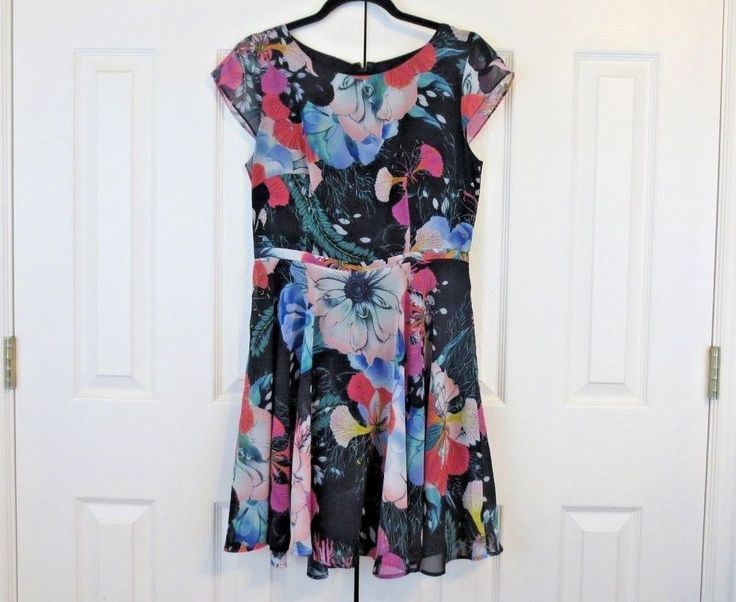 French Connection Women's Floral Reef Chiffon Dress Sz 8 Skater #FrenchConnection #Fitandflare #DayToNight