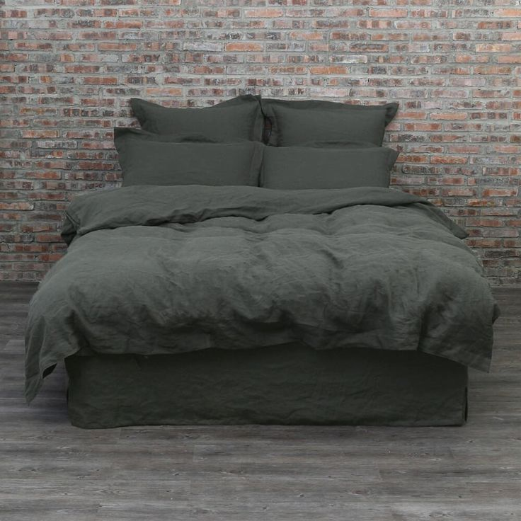 For more detail about this product please visit: https://www.linenshed.com.au/collections/duvet-cover-basic/products/linen-duvet-cover-black-olive