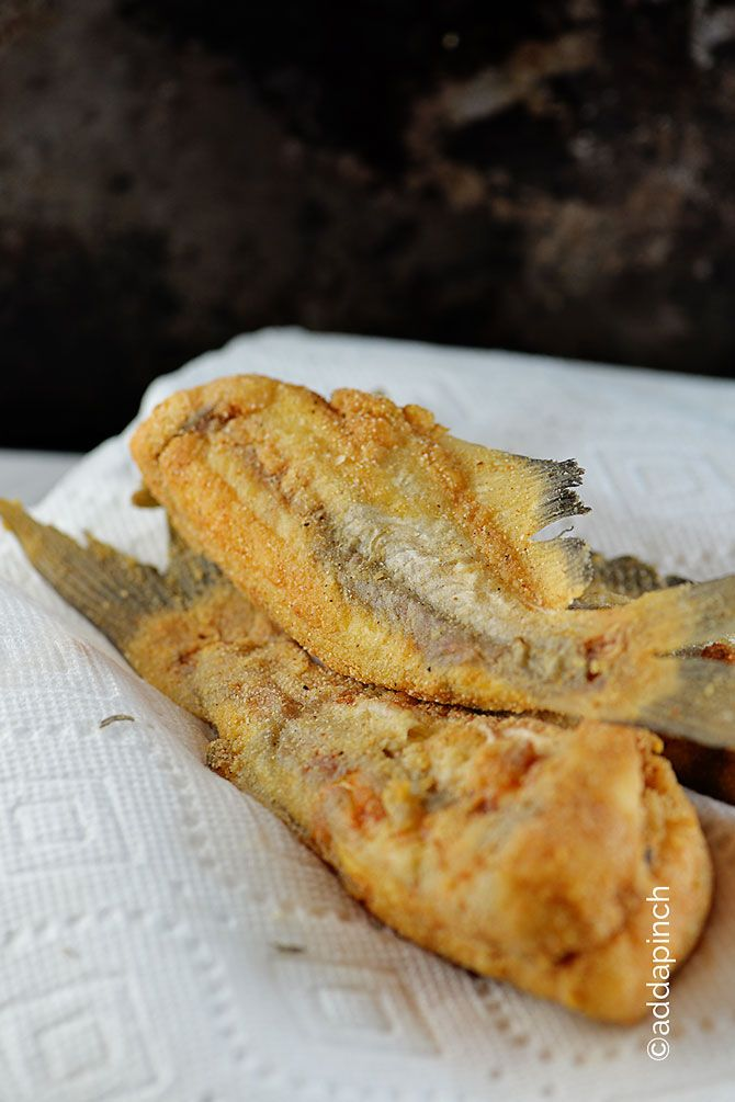 Best 25 fried catfish recipes ideas on pinterest for Fried fish recipe cornmeal