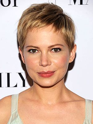 My hair-spiration!  Michelle says it best about short hair!  I think I am coming to appreciate short hair more and more.... I may have to give up growing it out!