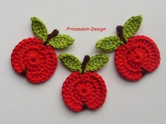 Crochet apple applique free pattern