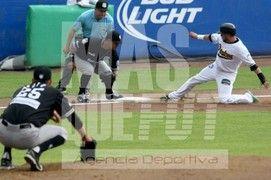 Beisbol 2do juego Pericos de Puebla vs Guerreros de Oaxaca Foto: Joel Merino