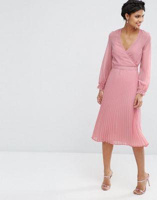 Плиссированное платье с запахом ASOS Occasion