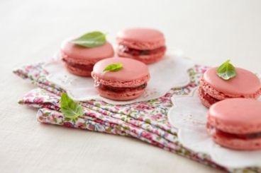 Recette de Macarons fraise basilic