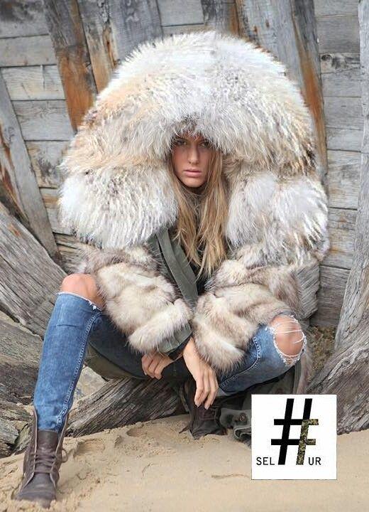9468f59ea45 SIEMPRE GUAPA CON NORMA CANO   Fur   Fox fur jacket, Fur jacket, Fur ...