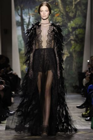 January 23, 2014 Valentino haute couture spring summer 2014 Paris. NOWFASHION: Real Time Fashion News, Photography Streaming and Live Fashion Shows