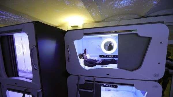 """¿Te imaginás pasar una noche en una cápsula espacial?  En Zagreb, la capital de Croacia, acaba de abrir sus puertas el Subspace, un hotel que en lugar de habitaciones con camas ofrece a sus huéspedes """"... http://sientemendoza.com/2017/01/24/te-imaginas-pasar-una-noche-en-una-capsula-espacial/"""
