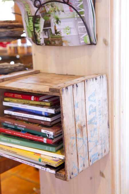 Smart and stylish bookcase for children's books.
