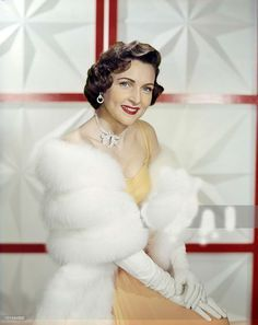 Young Betty White | Legendary Film Actresses, Vi Movie, Betty White, Favorite Actors ...