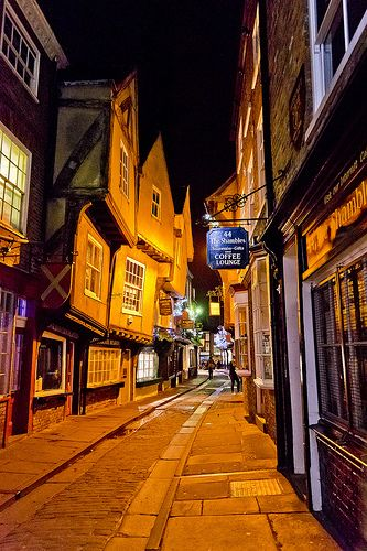 The Shambles - York- been there, it's like a real-life Diagon Alley- true story #travel #uk #york #visitingmybff