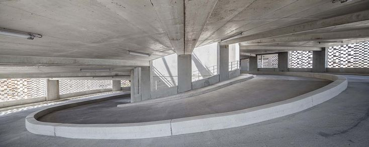 Galería de Estacionamiento Saint-Roch / Archikubik - 20