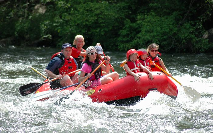 How Difficult Is Whitewater Rafting In The Smoky Mountains? - Many vacationers are eager to try whitewater rafting in the Smoky Mountains. However, rafting can be a rough sport, and visitors should match their skills to the features of the rapids to ensure that they enjoy their experience safely. A few tips will help rafters find the right level for their ability.   - See more at  http://www.smokymountainrafting.com/blog/whitewater-rafting-tennessee/whitewater-rafting-in-the-smoky-mountains/