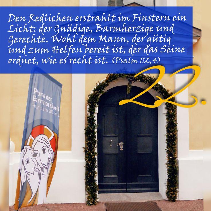 Zitat zum Advent aus der Bibel Psalm 112, Kirchentüre: Ave Maria Deggingen in Baden-Württemberg