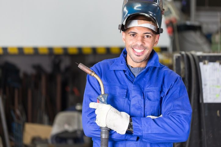 Looking for a New Career Path? Why Now is The Time to Become a Welder