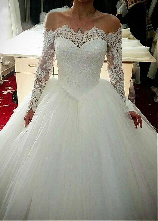 Buy discount Elegant Tulle Off-the-shoulder Neckline Basque Waistline Ball Gown Wedding Dress With Beaded Lace Appliques at Dressilyme.com