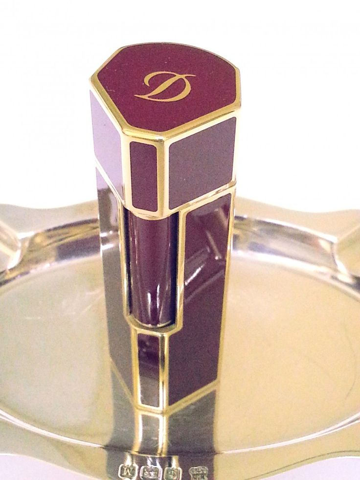 S.+T.+DUPONT+LIGHTER+~+KARL+LAGERFELD+~+MON+DUPONT+~+RED+LACQUER+~+18+K+GOLD+TRIM+~+RARE+~+NEW!!