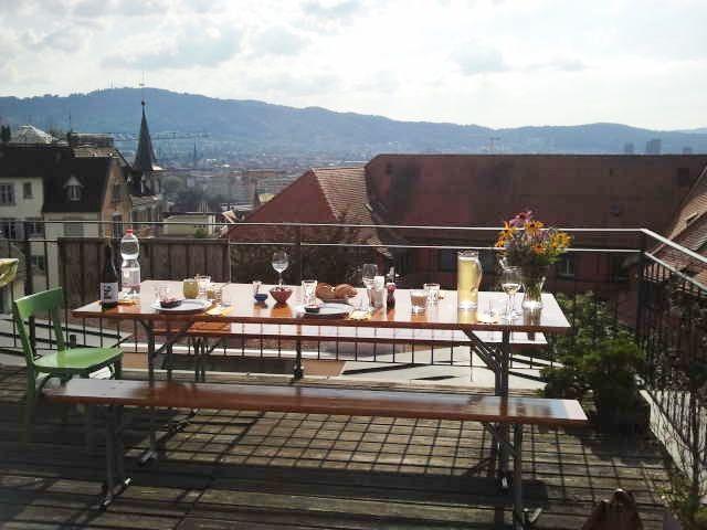 2013-08-17 Dachterrassen-Hopping-Dinner in Zürich - Es war ein herrlicher Abend und tolle Locations! Danke an alle Gastgeber!